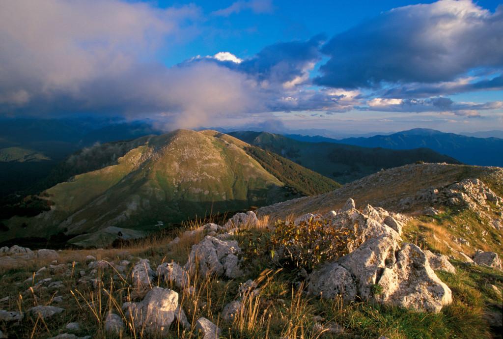 Sunset view of mountain ridges in the Abruzzo National Park showing the characteristic landscape of the Central Apennines. Abruzzo, Italy. Sep 2003