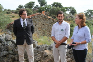 Pedro at the ATN celebration with Miguel de Castro Neto, State Secretary for Land Management and Nature Conservation (left) and Paula Sarmento, President of Governmental Institute for Nature Conservation and Forest (right).