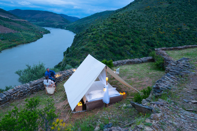 Discover the Côa Valley in our Western Iberia rewilding area and explore its nature wildlife, history and waters by staying at the pioneering Rewilding Tented Camp.