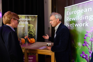 Hans Teengs Gerritsen from the Municipality of Amsterdam (left) talking with Wouter Helmer, Head of Rewilding about the European Rewilding Network.