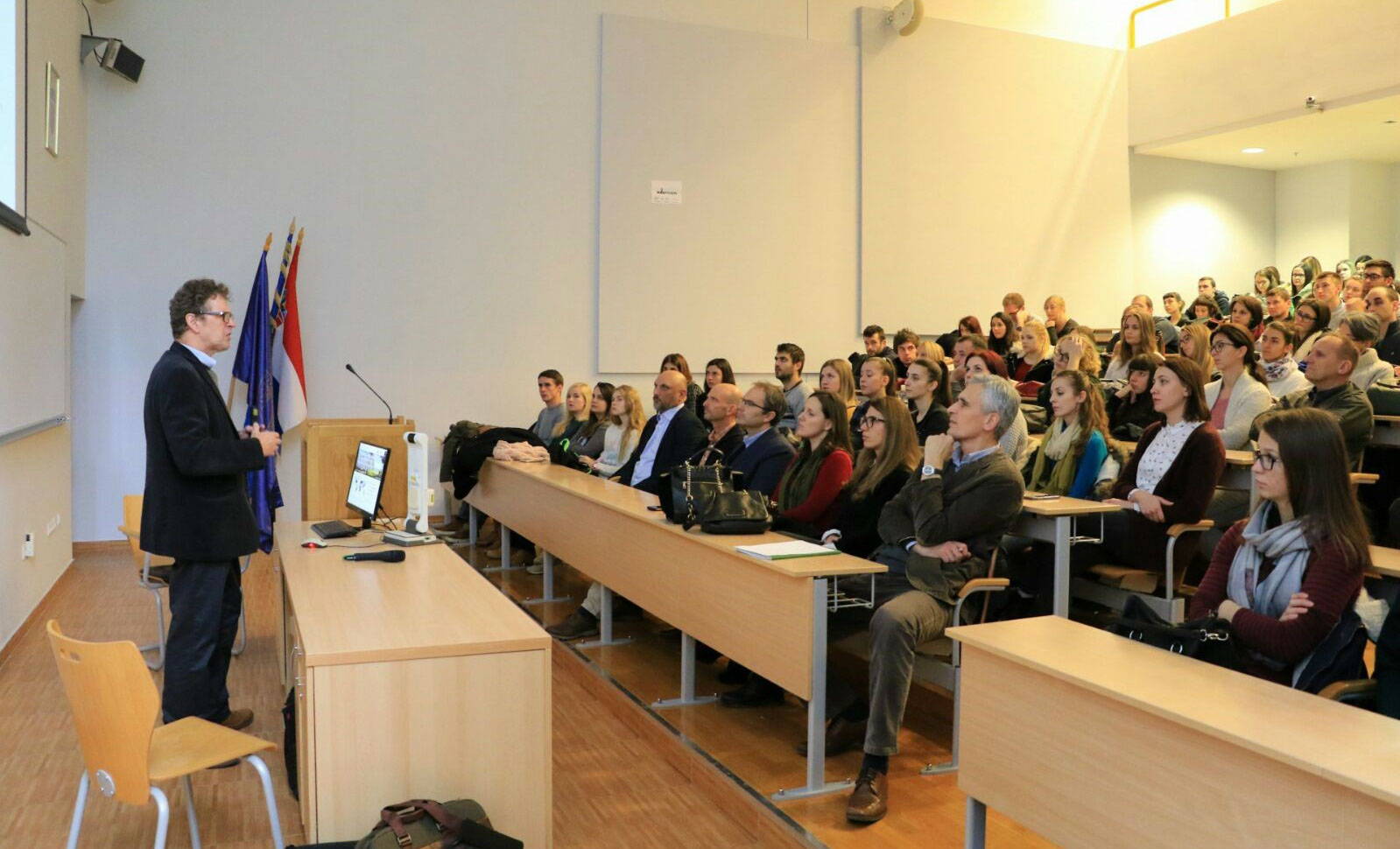 The lecture on rewilding given by Dr. Paul Jepson at the University of Zagreb last December typifies Rewilding Europe's efforts to reach out to European students.