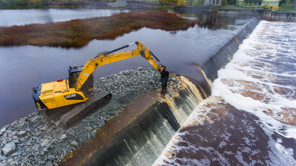 The removal of the Sindi Dam and other barriers along Estonia's Pärnu River will mean more than 3000 kilometres of waterway can flow unrestricted once again.