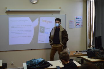Fernando Teixeira in front of a Lupi EcoClubs class