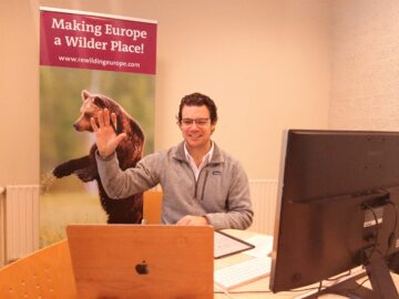 The webinar series of the first stage involved a series of presentations by nature-based tourism expert Simon Collier.